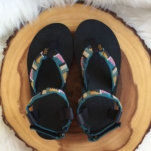 Teva ankle strap Aztec sandals LIKE NEW